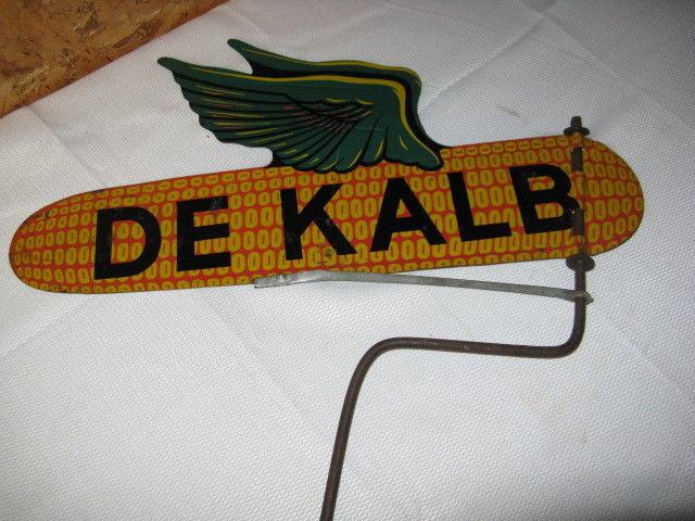 DeKalb Corn Cob